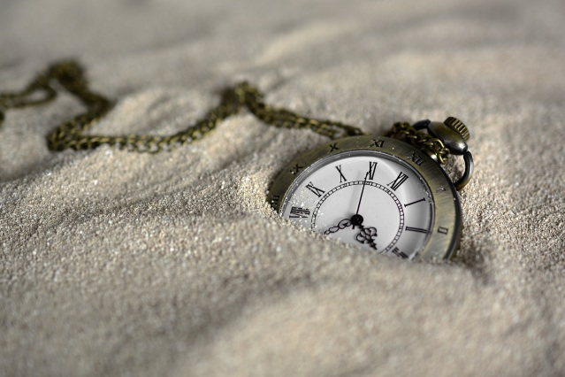 pocket-watch-3156771